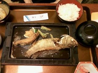 老舗家海老料理 味の店 三郎本店のお魚鉄板焼き